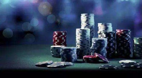 德州扑克和商业决策之间的关系