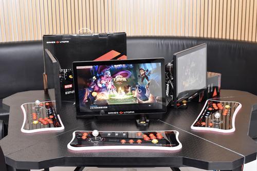 共享手游机来了 预装王者荣耀8款游戏 22寸大屏遥杆操控获7200订单
