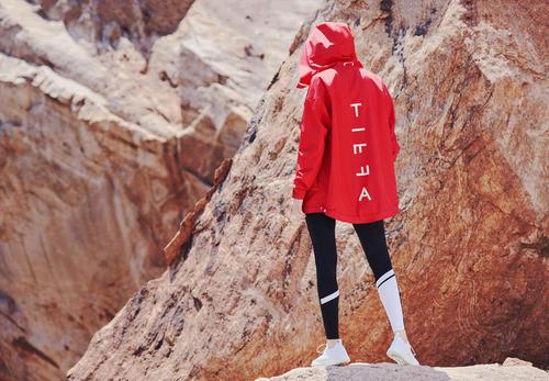 约会也能穿的健身服 这家运动品牌主打女性时尚 已上线20款秋冬装