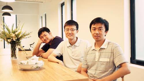 洋葱数学CEO杨临风:回应3亿D轮融资 推动人工智能个性化普惠