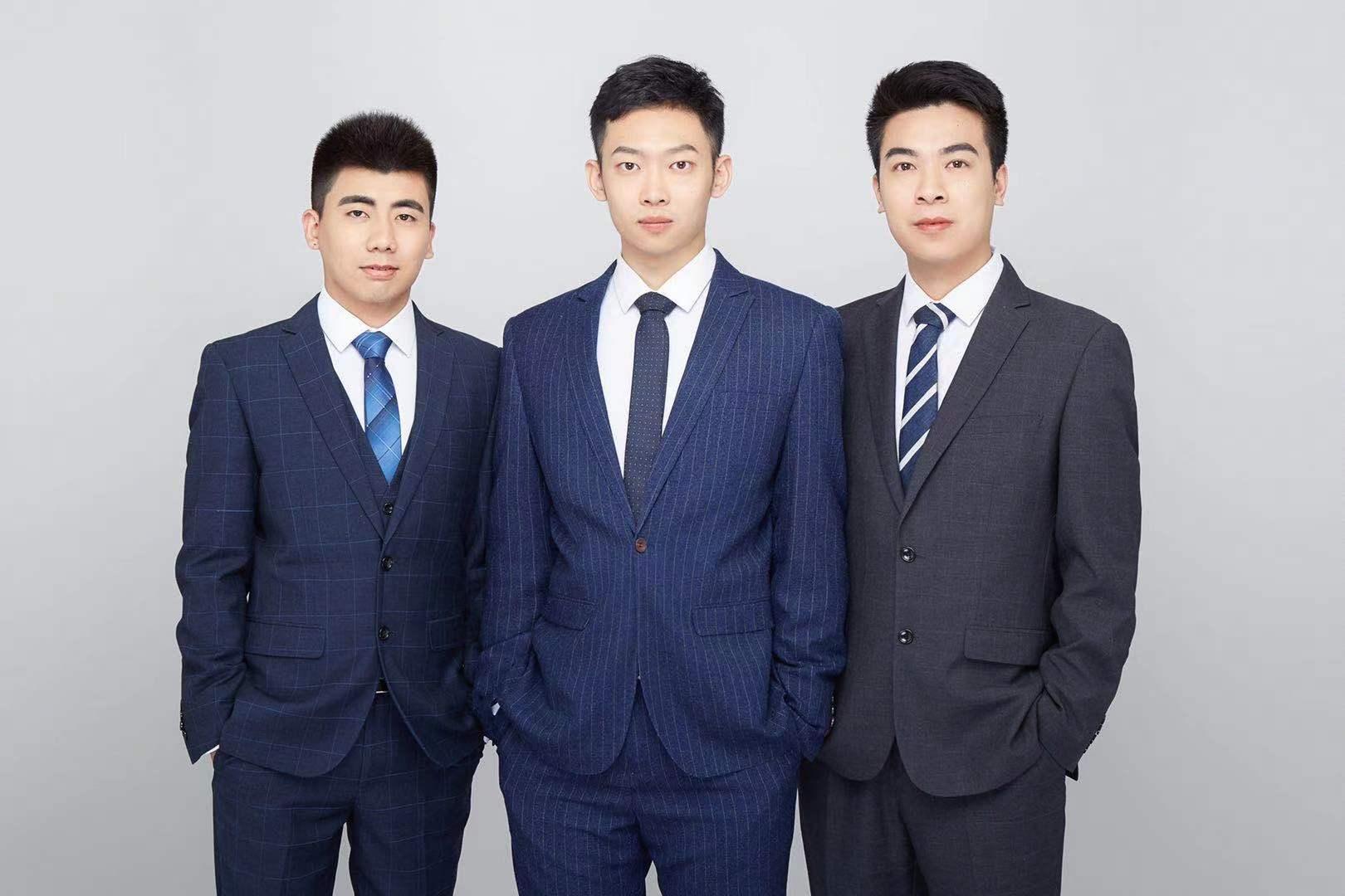 右起创始人郑飞州、联合创始人陈政霖、硬件总监王永仲