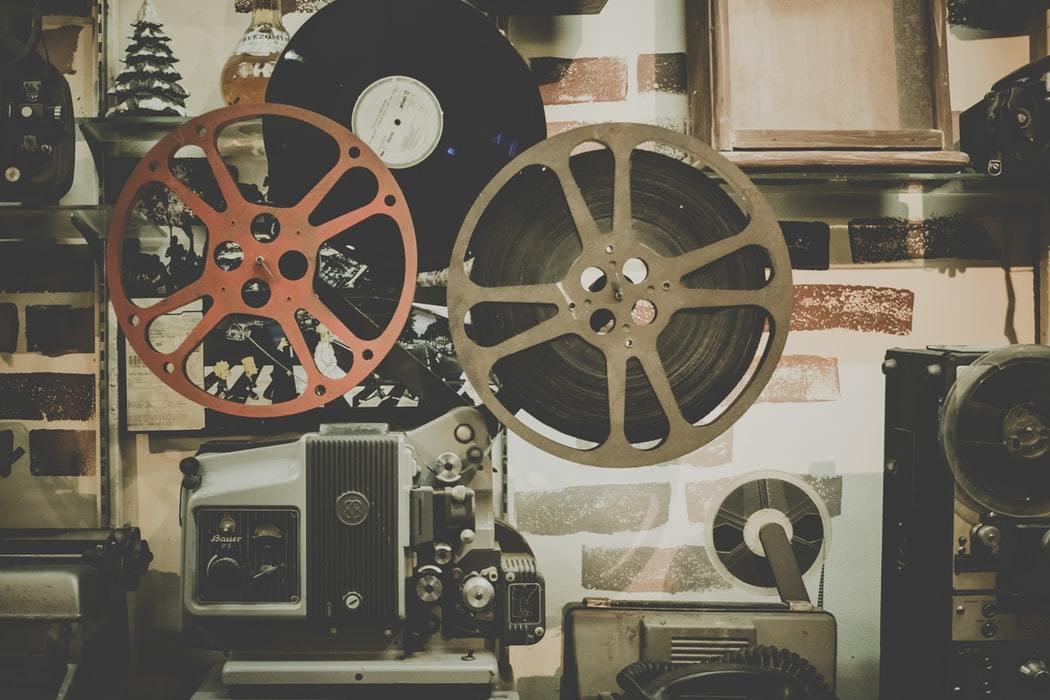 """热钱""""逃离""""影视行业:融资缩水80% 今年仅29起,10个项目9个亏"""