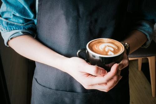 """连咖啡大撤退:线下咖啡店,不""""香""""了"""