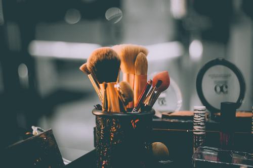 始于单品、长于社交媒体,这届国货美妆初长成