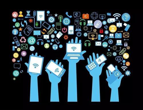 【铅早报】苹果市值达1.2万亿美元;百度明年将量产1000辆无人车;腾讯内测新社交产品