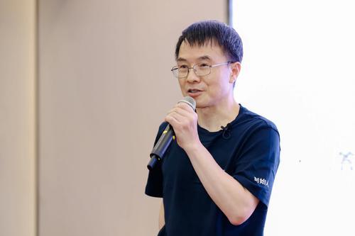 陆奇:工业4.0阶段,信息将会成为社会驱动的最大动力