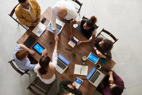 复工进行时,创业公司老板要做的第一件事:加入这个圈子