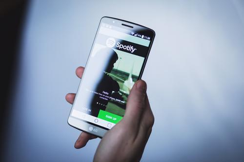 【每日idea分享】11月2日:可定制的Spotify歌单;AI驱动的头像制作工具